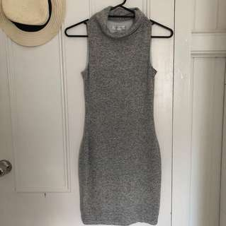 Forever New knit sleeveless grey dress - flattering worn briefly once size xs 6