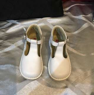 Rilo white leather buckle shoes for 2-3yrs old