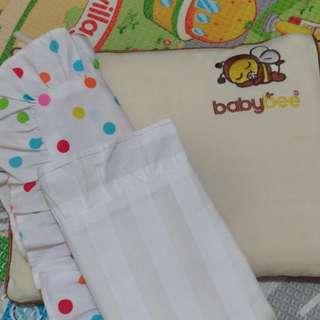 Baby Bee newborn pillow