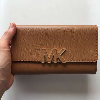 Micheal Kors Multi Long Wallet