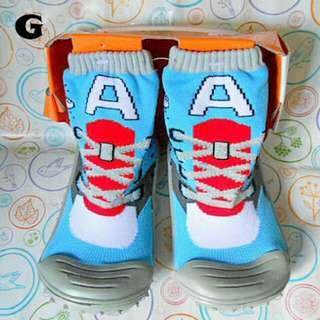Skidder, sepatu kaos kaki