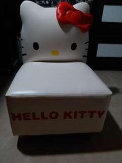 Hello kitty椅子
