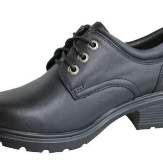 ROC School Shoes: Brand New!! RRP: $130 AUD