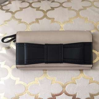 *PRICE DROP* Kate Spade Bow Wallet