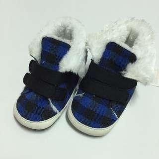 男童學步鞋