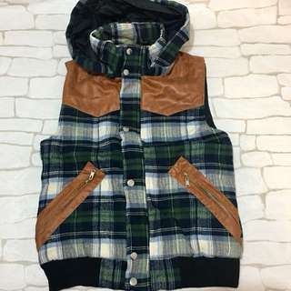 PA-Man checkered winter vest hoodie