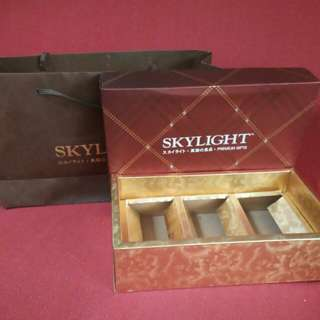 Skylight Abalone Empty Box with Bag Paper