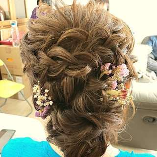 Bridal makeup & hairdo services