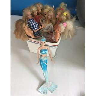 Set of 10 Barbies