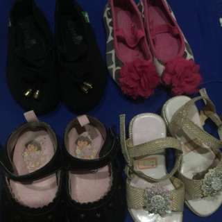 Set of 4 girls shoes