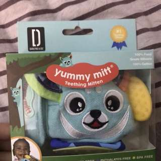 Yummy mitten baby teether