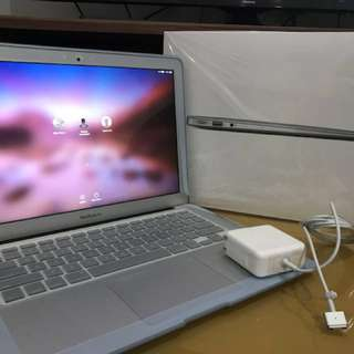 Macbook Air 13 MMGG2 8/256