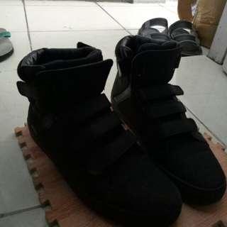 Sepatu Zalora Zara looks bukan hnm zara pull&bear