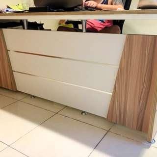 meja panjang