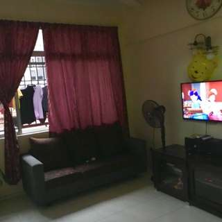 Jb house near Paradigm Mall For Sale! Cheap! Freehold