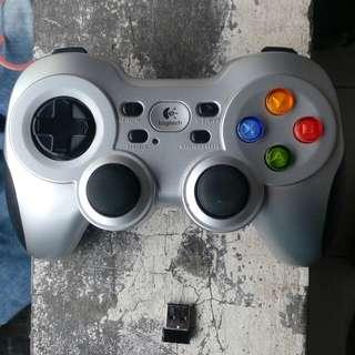 Stik game Logitech F710 Wireless