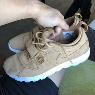 Nike sb trainrendor siZe men 10