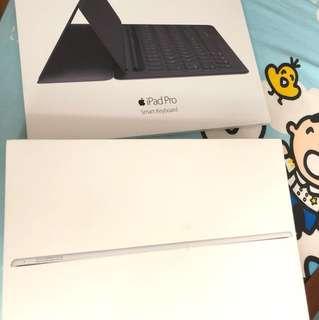 Ipad pro 12.9 wifi silver 128 gb + pencil + keyboard