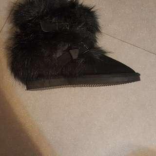 黑色I.t. Boots