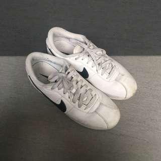 🚚 Nike 阿甘 白 24.5