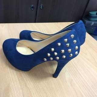 全新)高跟鞋.卯釘 藍色麂皮