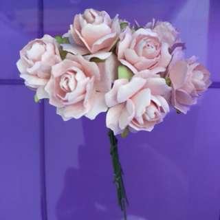 Pink flowers (20 flowers in 1 pack) , brand new, diameter of each flower 2cm