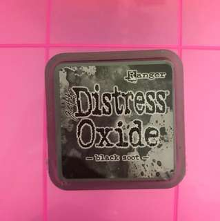 Distress oxide black color BRAND NEW , for card making and scrapbooking