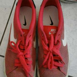 Nike休閒鞋