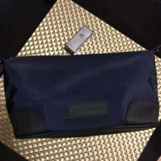 BURBERRY pouch (Authentic)