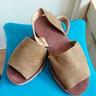 Gelly 真皮涼鞋