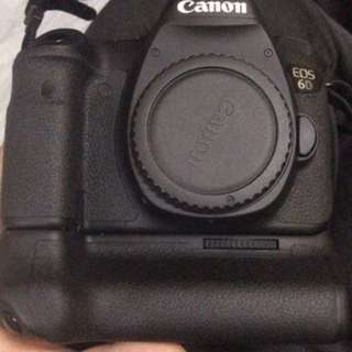 Used canon 6d body + grip