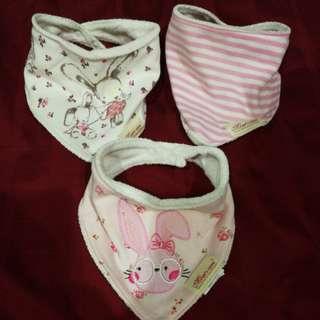 Baby Bib pink theme