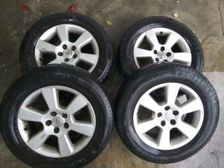 17 inches Toyota Harrier Rim with Michelin tyre