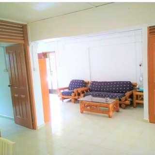 265 Bukit Batok Corner 3rm flat for sale!!