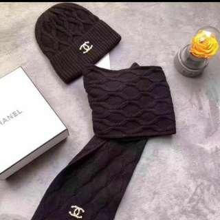 Chanel 2017 帽連頸巾套裝