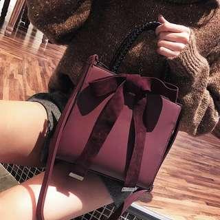 🚚 Shih 🎀(現貨優惠)韓版簡約風綁帶蝴蝶結🎀 托特手提兩用包