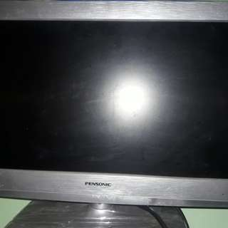 Flat Screen 19inch TV pensonic limited edition silvee