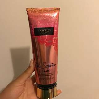 BRAND NEW VICTORIA SECRET LOTION