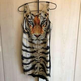 H&M近全新老虎長版背心上衣洋裝