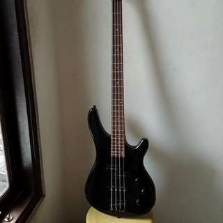 Gitar Bass Electric Legacy