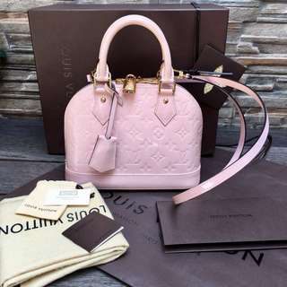 Louis Vuitton Alma BB Rose Velours Vernish very excellent conditions like a new👍🏻👍🏻👍🏻