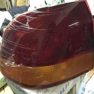 K8  KYC 後尾燈燈殼