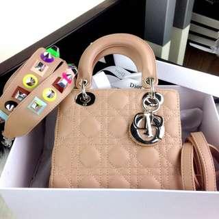 PO.3-5hari. Super quality Christian Dior bag. Size 21x10x17cm. With Box. (LIMITED STOCK). Seri Christian Dior Lady Cruise SHW with pyramid multi strap. 4 Warna