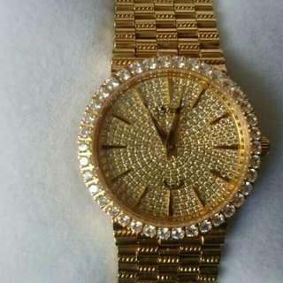 愛其華鑲鑽金錶