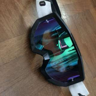 100% goggle purple green