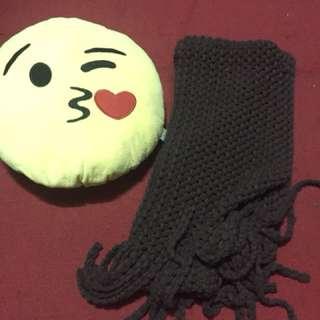 scarf brown