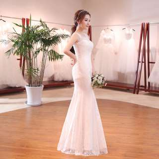 S shape lace wedding gown