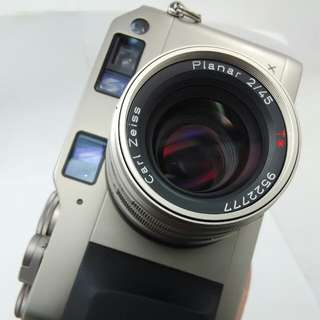 Contax G1 and Planar 45mm F2  T*
