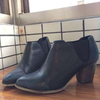 短靴 跟鞋 靴子 皮靴