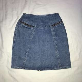 Size 8 Vintage Denim Skirt